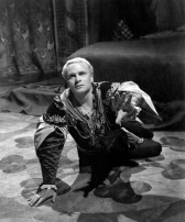 Laurence Olivier won the Lead Actor Oscar® for playing the title role in